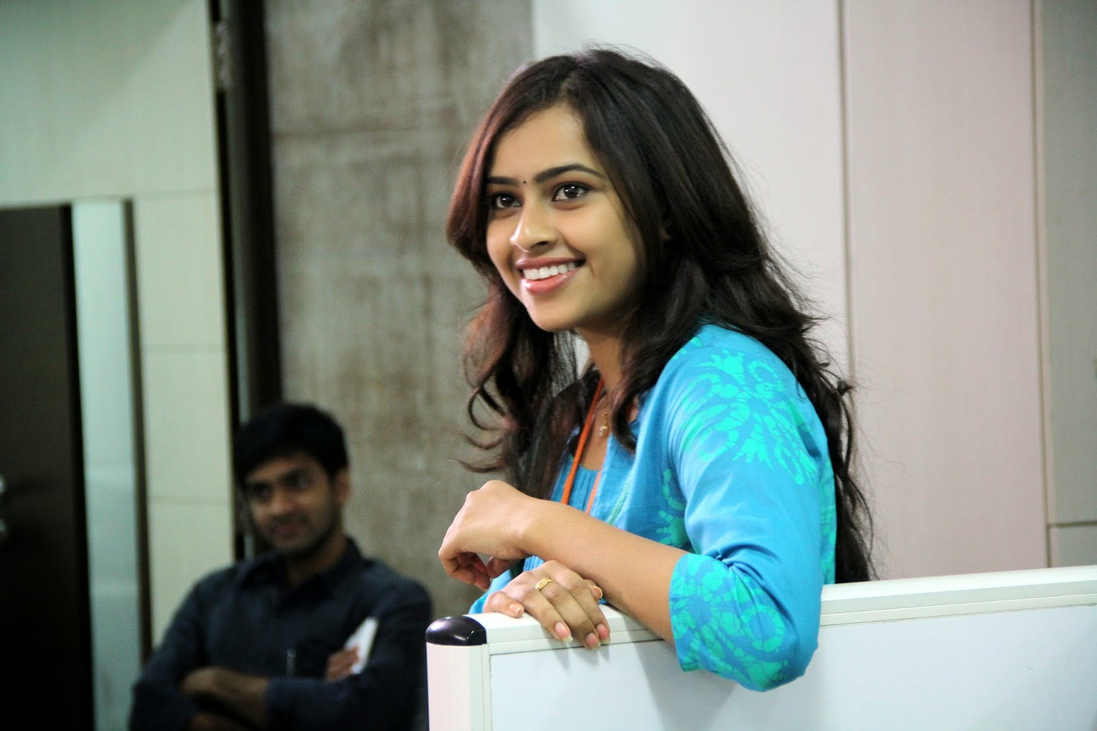 Sri Divya Stills in Vaaradhi Movie (4)